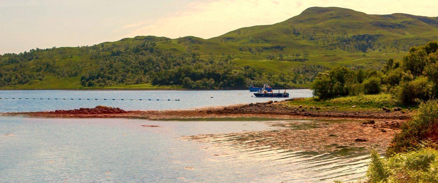苏格兰美景,月牙般的海湾_图1-35