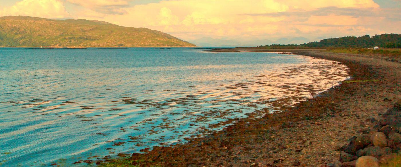 苏格兰美景,月牙般的海湾_图1-38