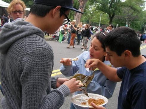 高娓娓:美国也过端午节划龙舟?老美吃粽子爱甜的还是咸的? ..._图1-13