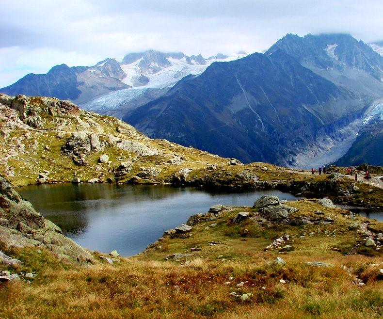 隐藏在令人惊叹的高山全景中----夏蒙尼湖_图1-6