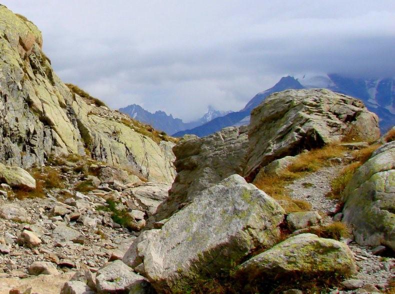 隐藏在令人惊叹的高山全景中----夏蒙尼湖_图1-10
