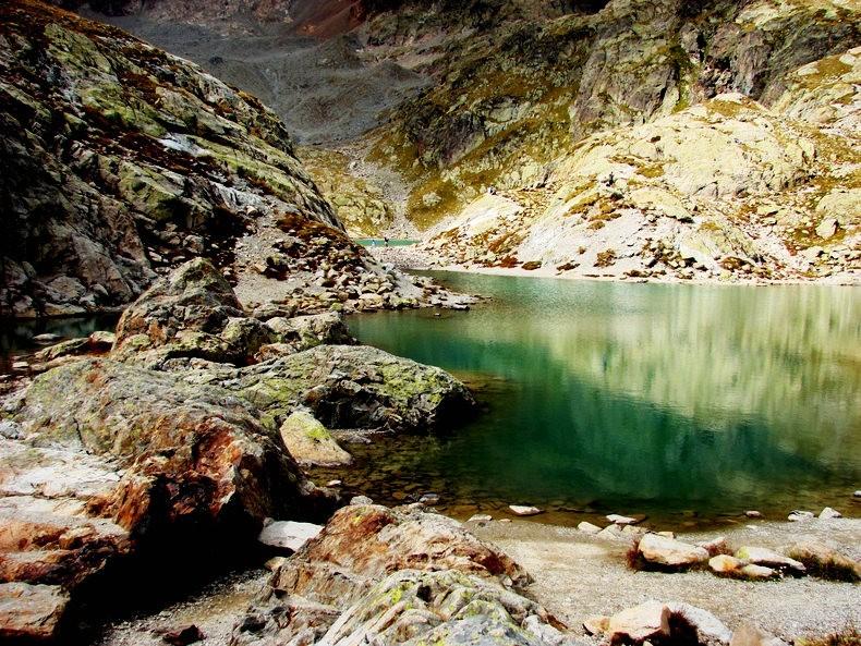 隐藏在令人惊叹的高山全景中----夏蒙尼湖_图1-13