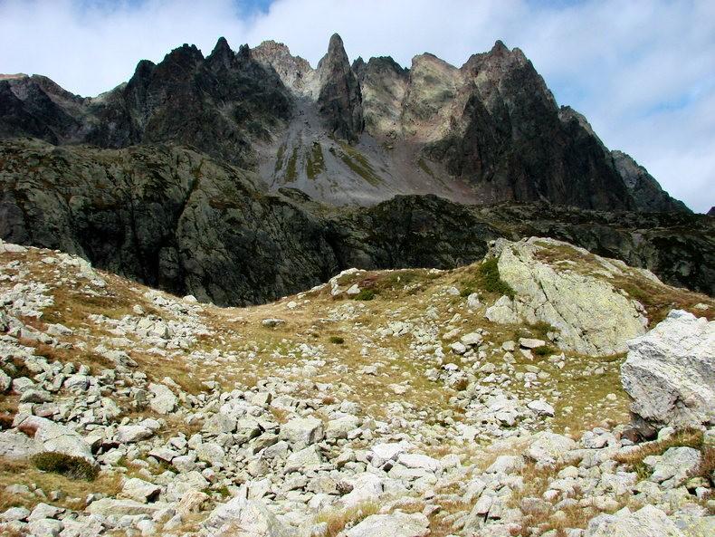 隐藏在令人惊叹的高山全景中----夏蒙尼湖_图1-15