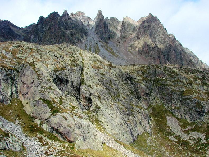隐藏在令人惊叹的高山全景中----夏蒙尼湖_图1-16