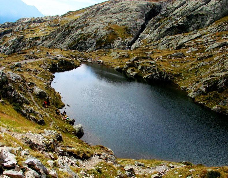 隐藏在令人惊叹的高山全景中----夏蒙尼湖_图1-20