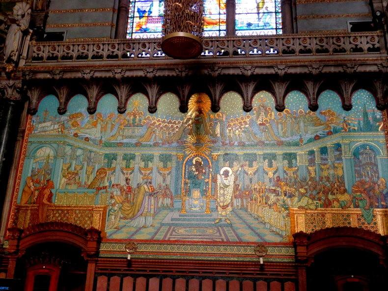 里昂富维耶圣母殿_图1-32