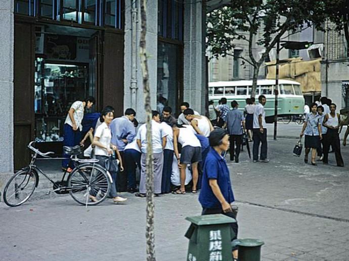看见老照片 让你想起来什么? 1980你我在武汉的那些往事_图1-1