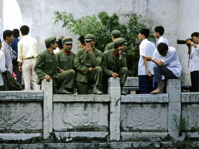 看见老照片 让你想起来什么? 1980你我在武汉的那些往事_图1-2