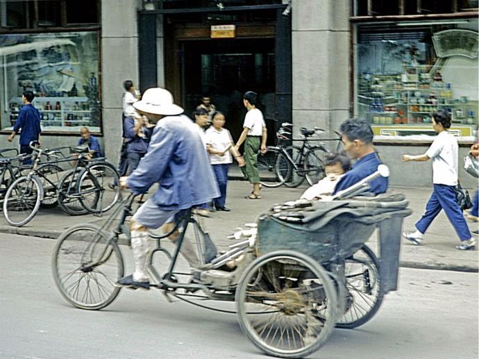 看见老照片 让你想起来什么? 1980你我在武汉的那些往事_图1-3