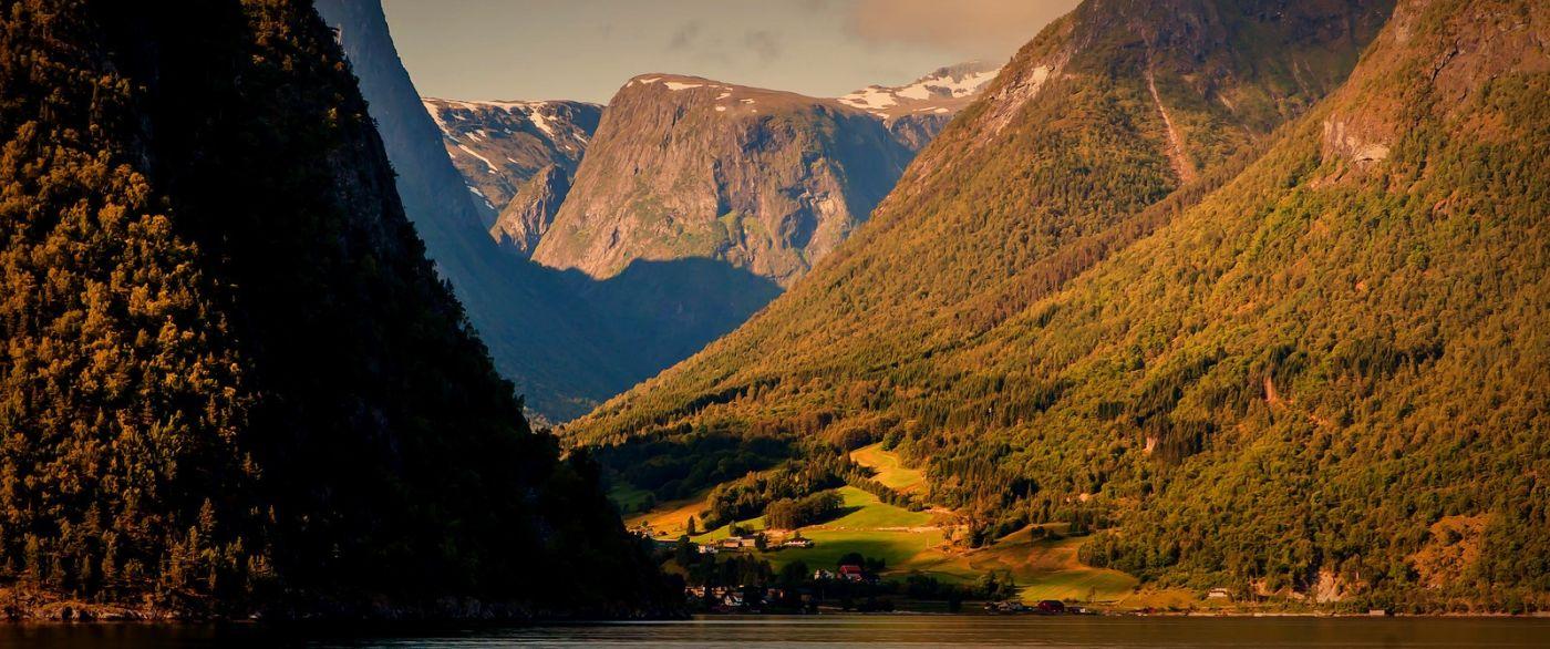 北欧风光,山顶山脚_图1-14