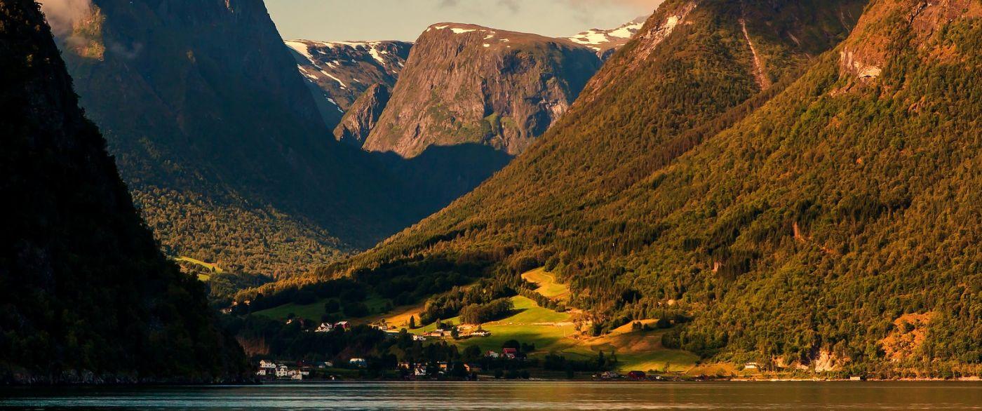 北欧风光,山顶山脚_图1-12