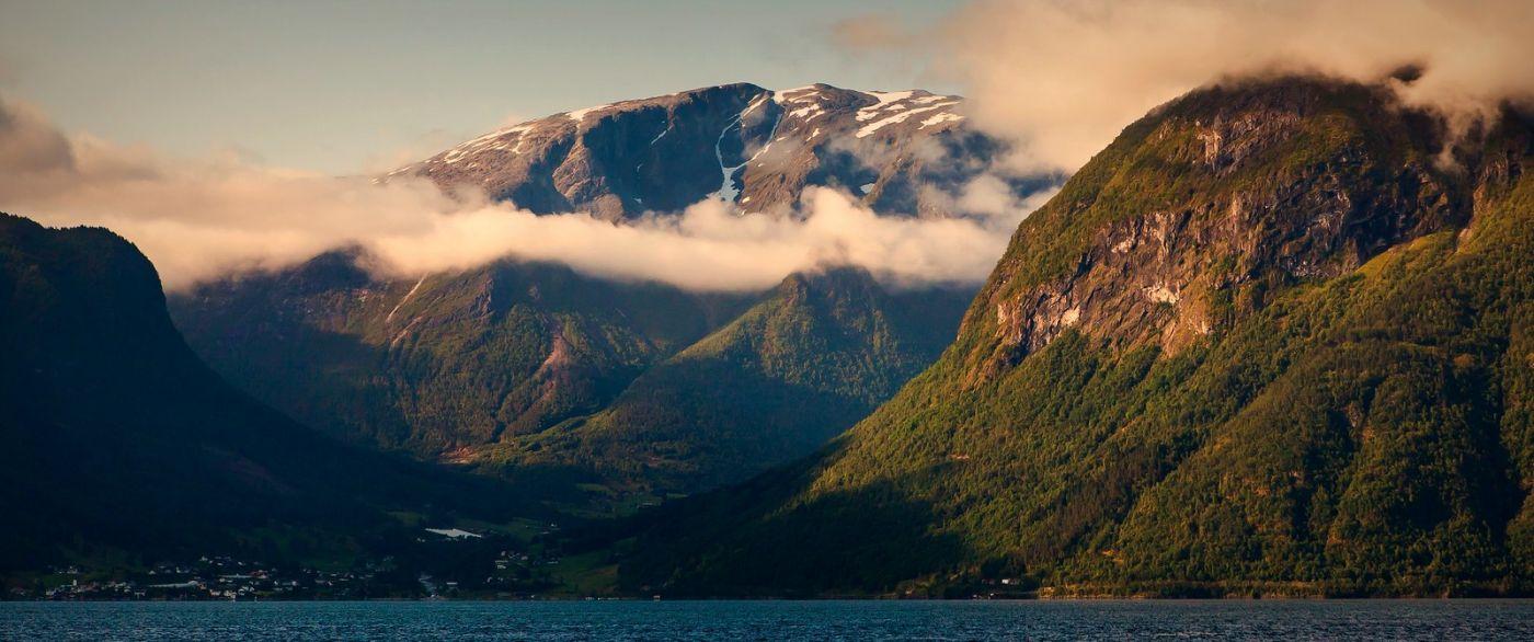 北欧风光,山顶山脚_图1-4