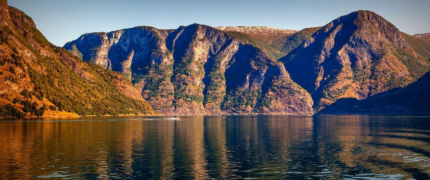 北欧风光,山顶山脚_图1-18