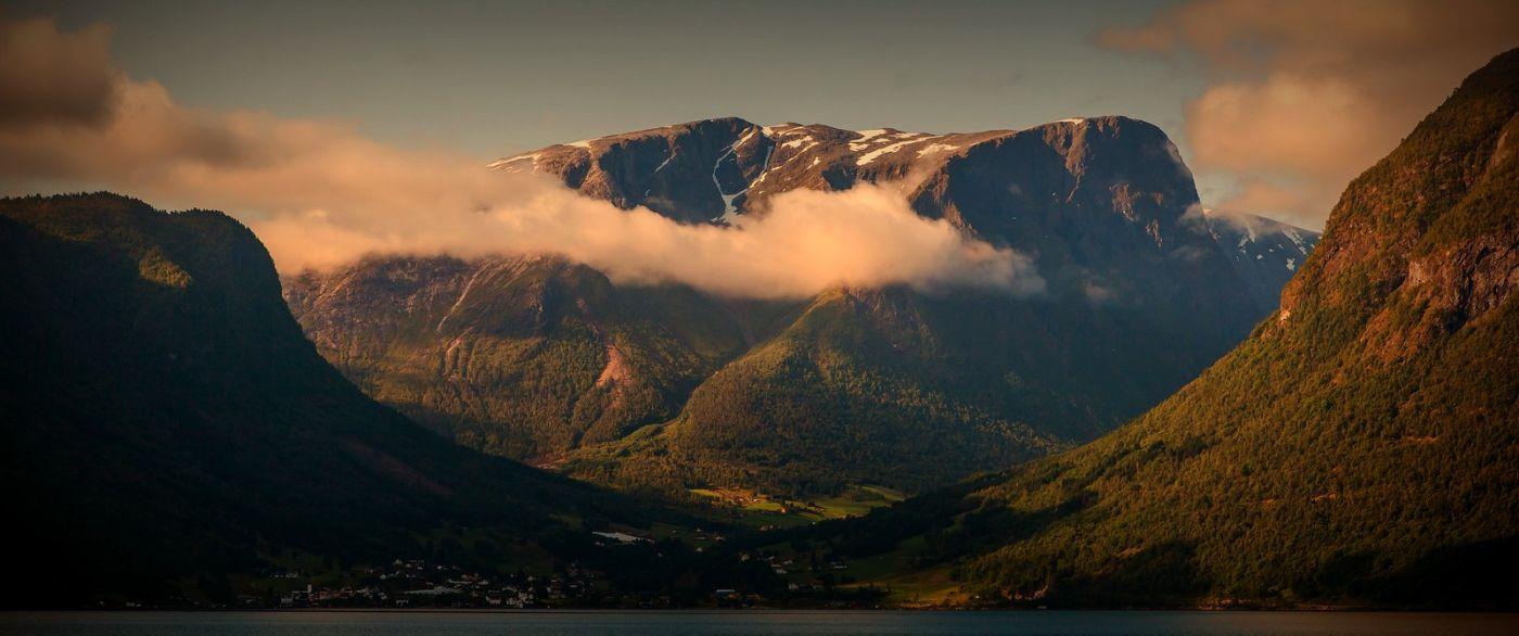 北欧风光,山顶山脚_图1-31