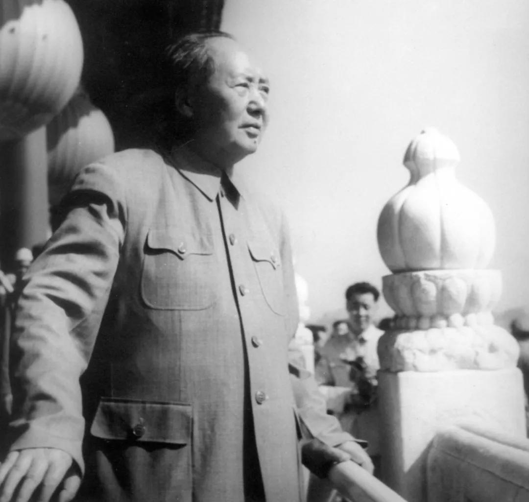 摧毁了毛主席思想也就摧毁了中国!_图1-2
