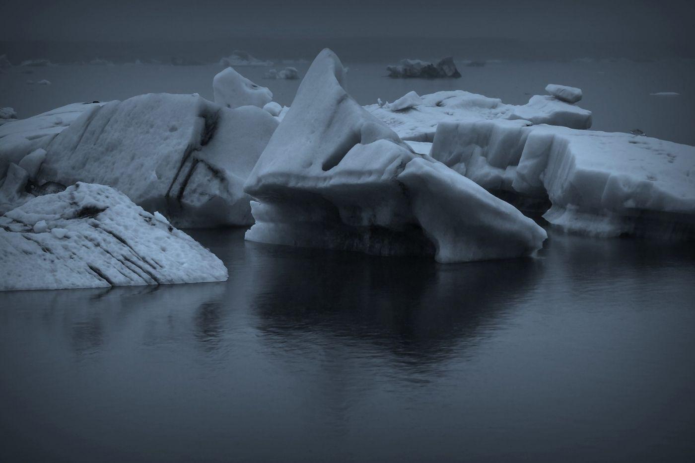 冰岛冰川泻湖(Glacier Lagoon), 湖面上冰川_图1-11