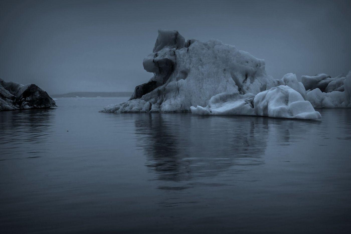 冰岛冰川泻湖(Glacier Lagoon), 湖面上冰川_图1-5