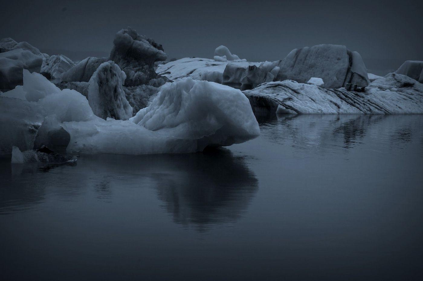 冰岛冰川泻湖(Glacier Lagoon), 湖面上冰川_图1-3