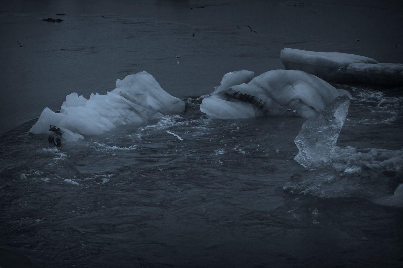 冰岛冰川泻湖(Glacier Lagoon), 湖面上冰川_图1-16