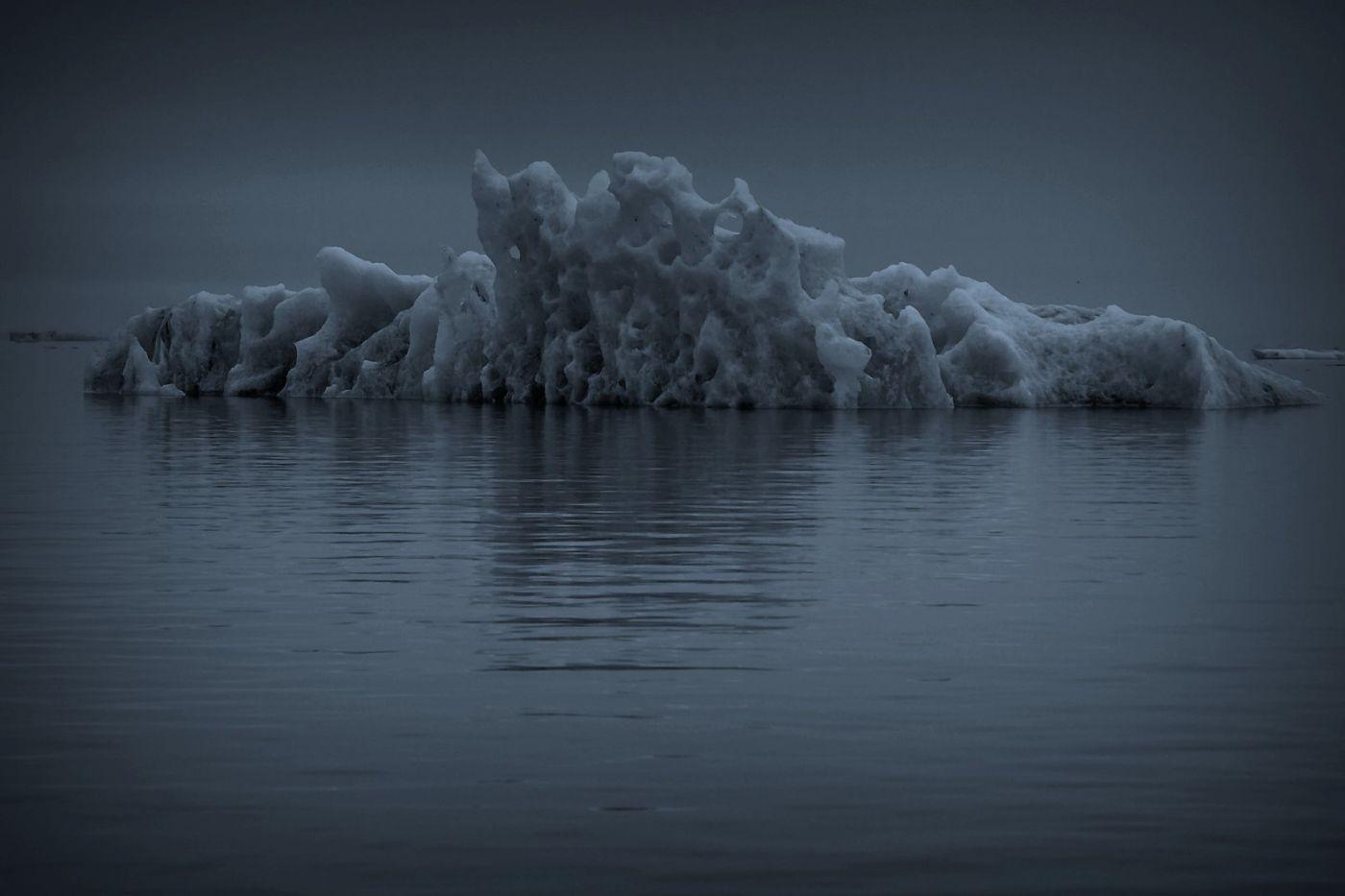 冰岛冰川泻湖(Glacier Lagoon), 湖面上冰川_图1-14
