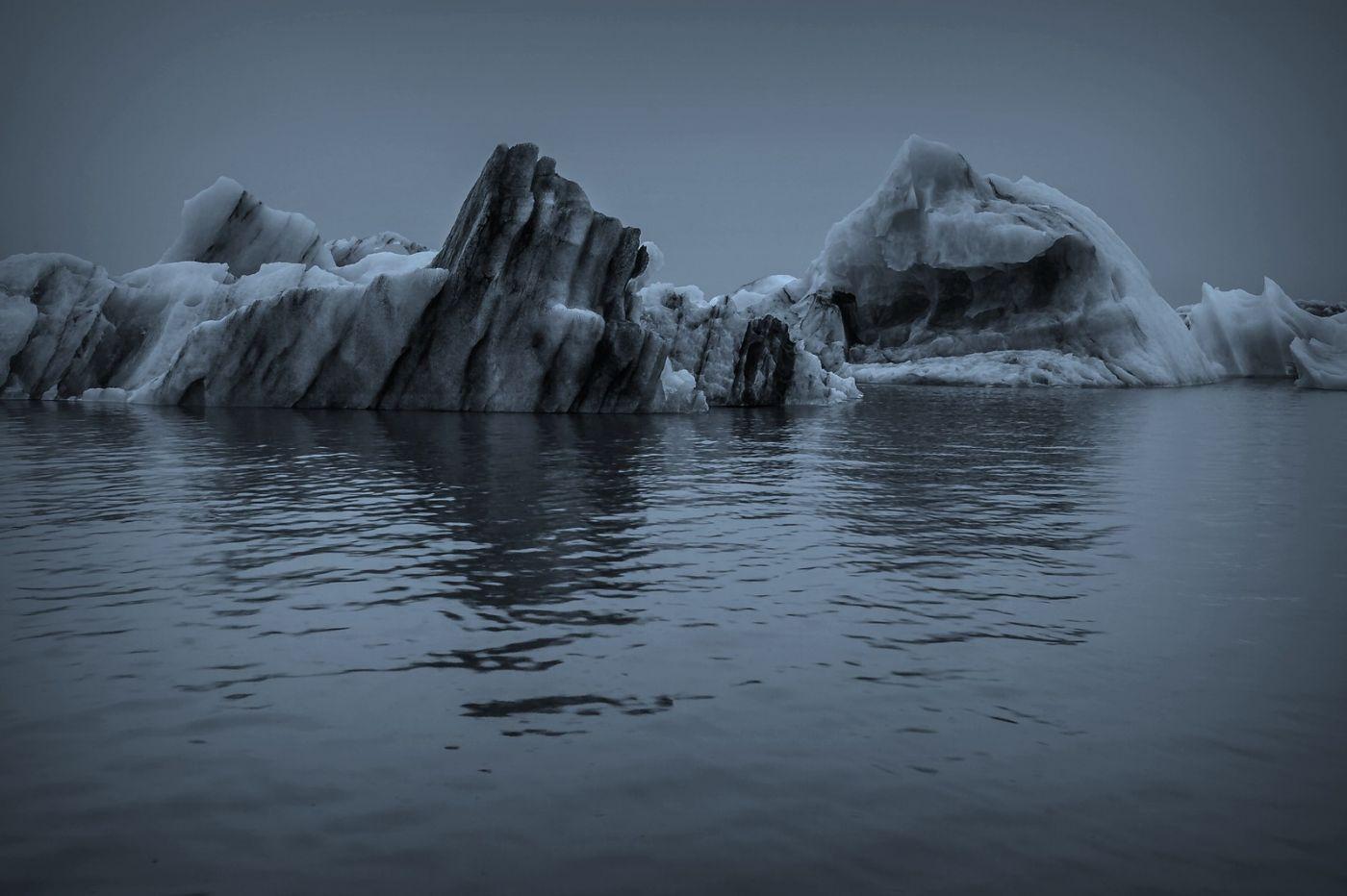 冰岛冰川泻湖(Glacier Lagoon), 湖面上冰川_图1-17