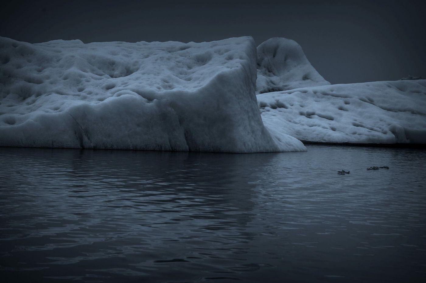 冰岛冰川泻湖(Glacier Lagoon), 湖面上冰川_图1-18