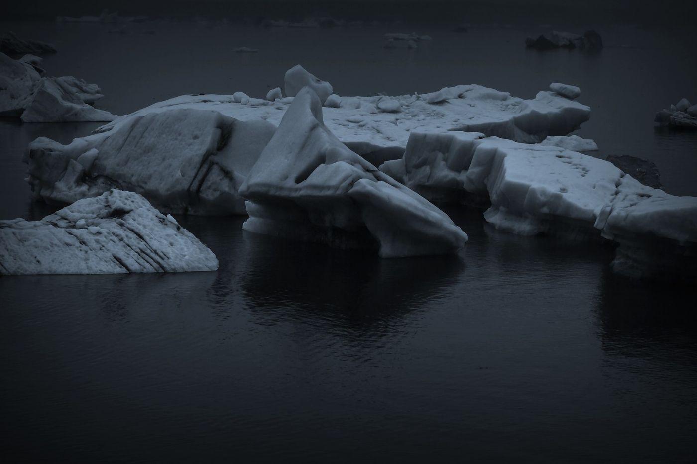 冰岛冰川泻湖(Glacier Lagoon), 湖面上冰川_图1-19