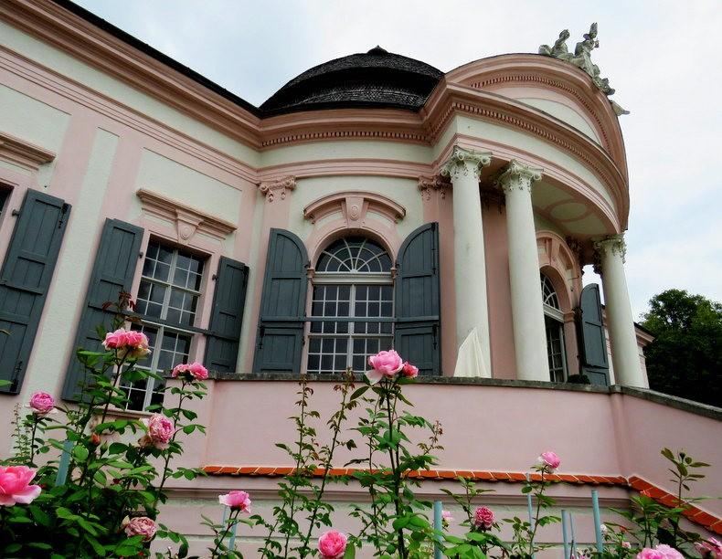 本笃会修道院花园_图1-5