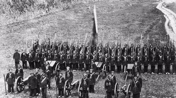 解放战争后期,兵力在15万人以上的军阀势力有哪些?全中国一共有几家 ..._图1-3