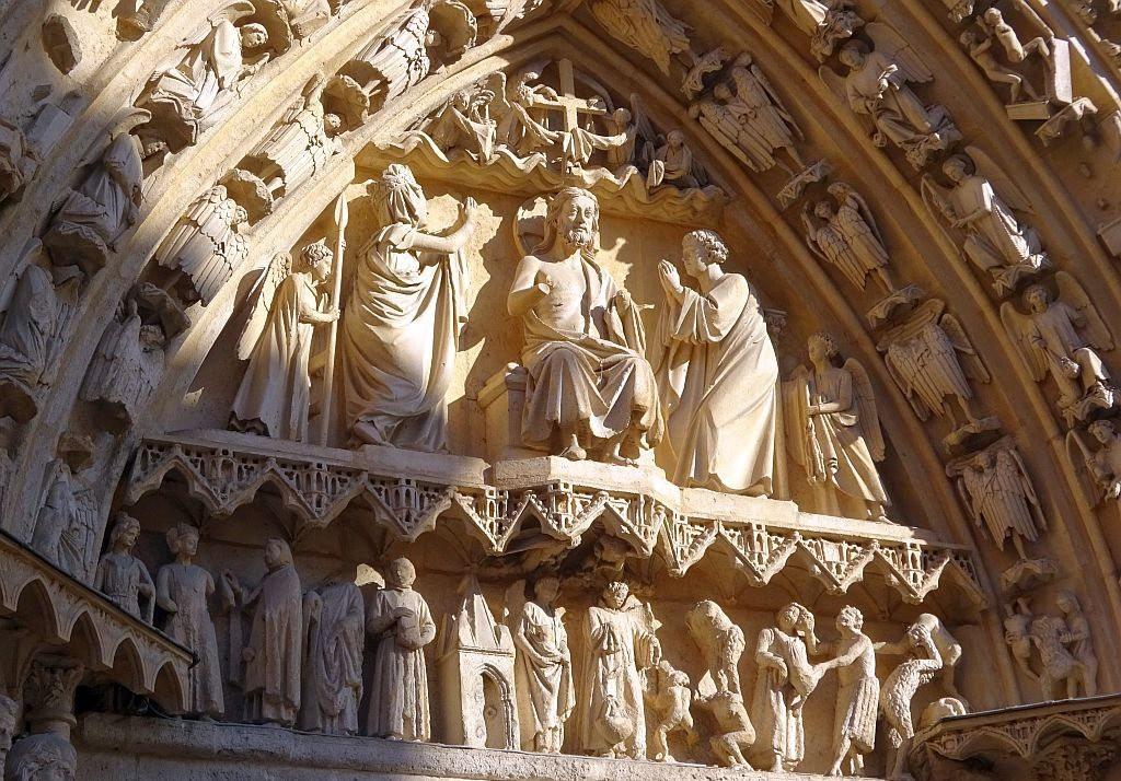 巴塞罗那主教座堂_图1-3
