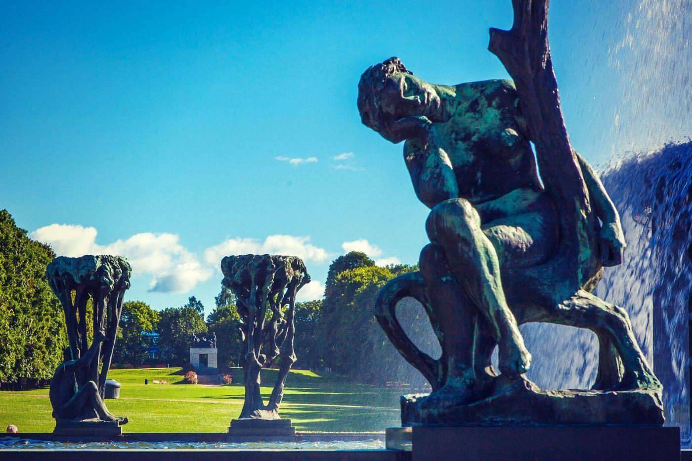 挪威维格兰雕塑公园,风格明显_图1-1