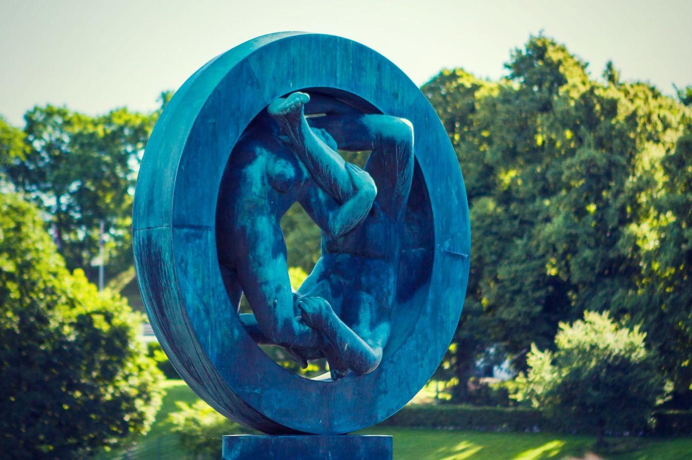 挪威维格兰雕塑公园,风格明显_图1-4