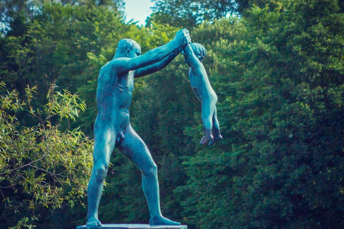 挪威维格兰雕塑公园,风格明显_图1-7