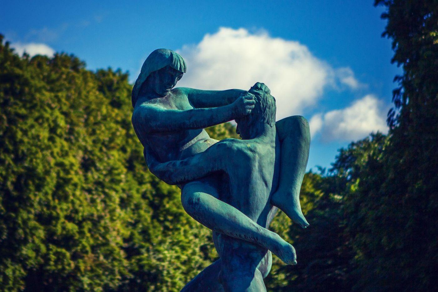 挪威维格兰雕塑公园,风格明显_图1-5
