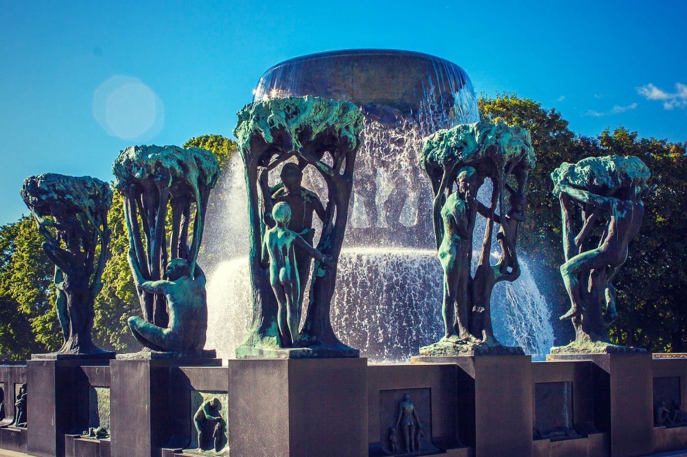 挪威维格兰雕塑公园,风格明显_图1-9