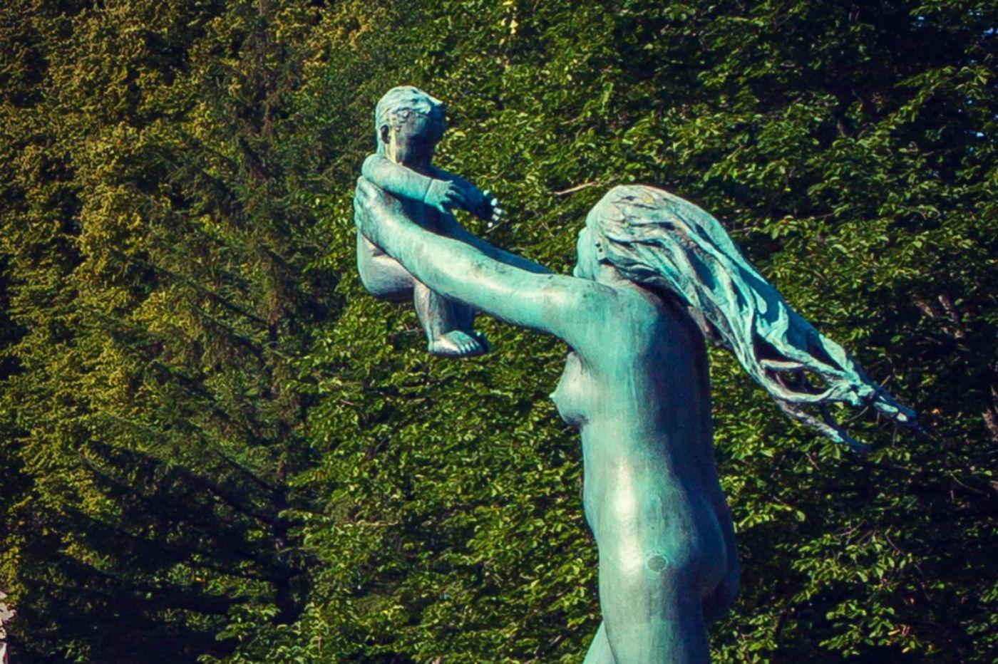 挪威维格兰雕塑公园,风格明显_图1-13