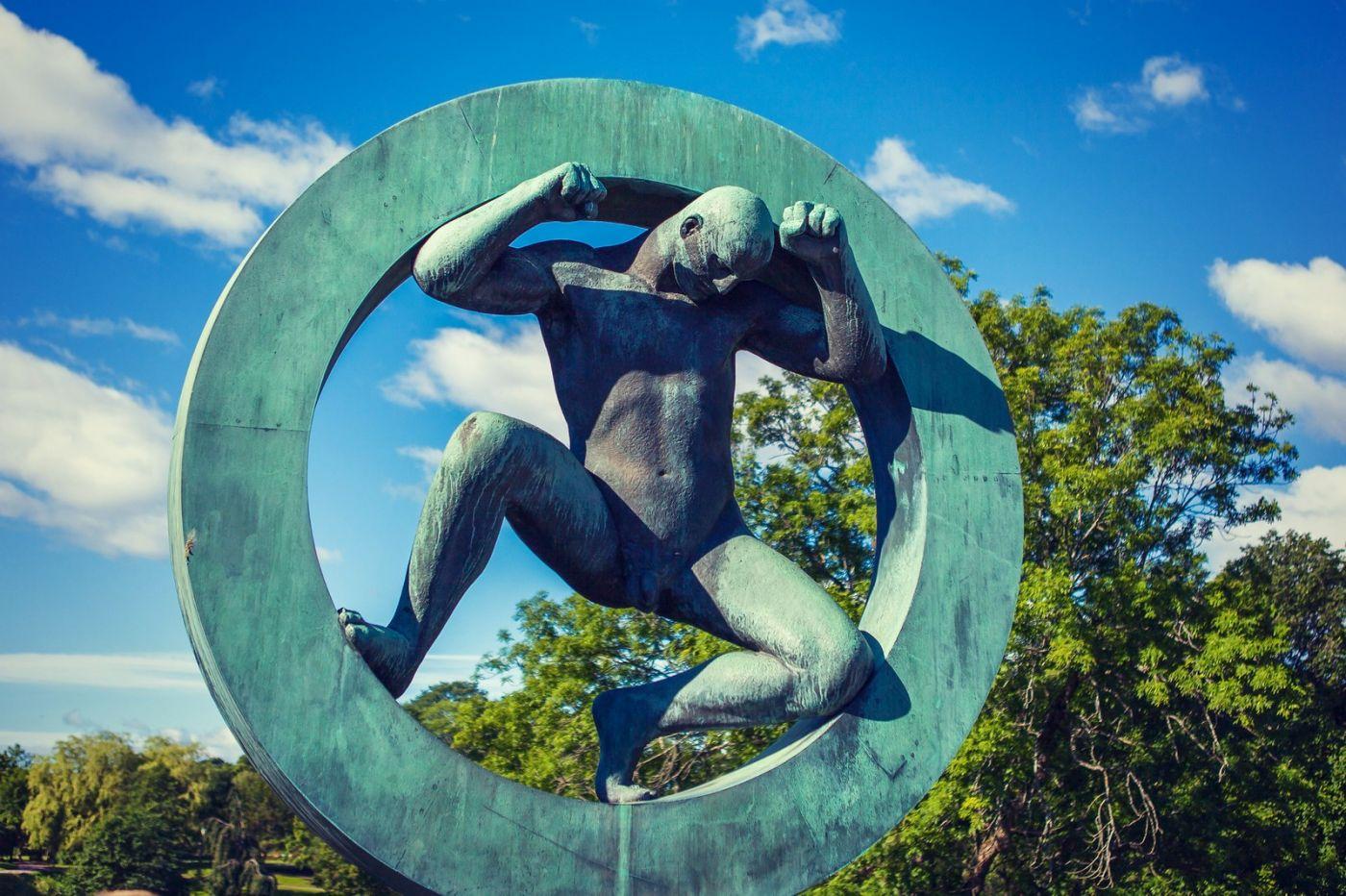 挪威维格兰雕塑公园,风格明显_图1-28