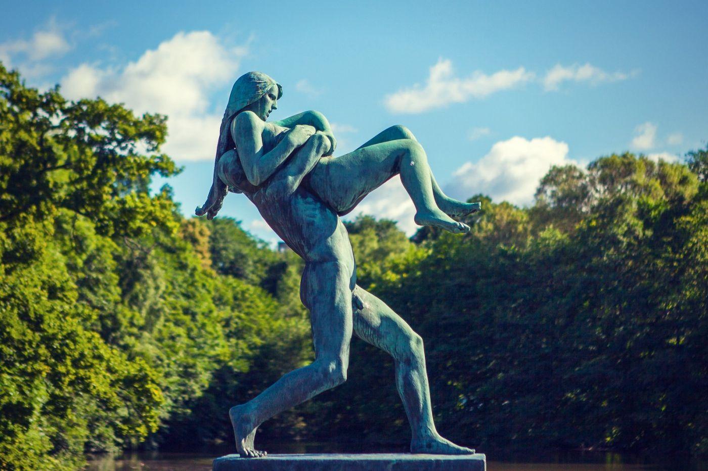 挪威维格兰雕塑公园,风格明显_图1-34
