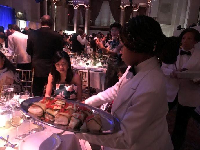 """高娓娓:第18届""""亚裔50杰出企业家""""颁奖晚宴在纽约隆重举行 ..._图1-12"""