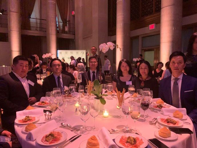 """高娓娓:第18届""""亚裔50杰出企业家""""颁奖晚宴在纽约隆重举行 ..._图1-13"""