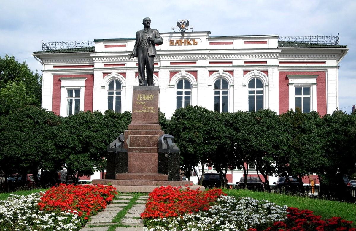 弗拉基米尔--俄罗斯城镇_图1-26