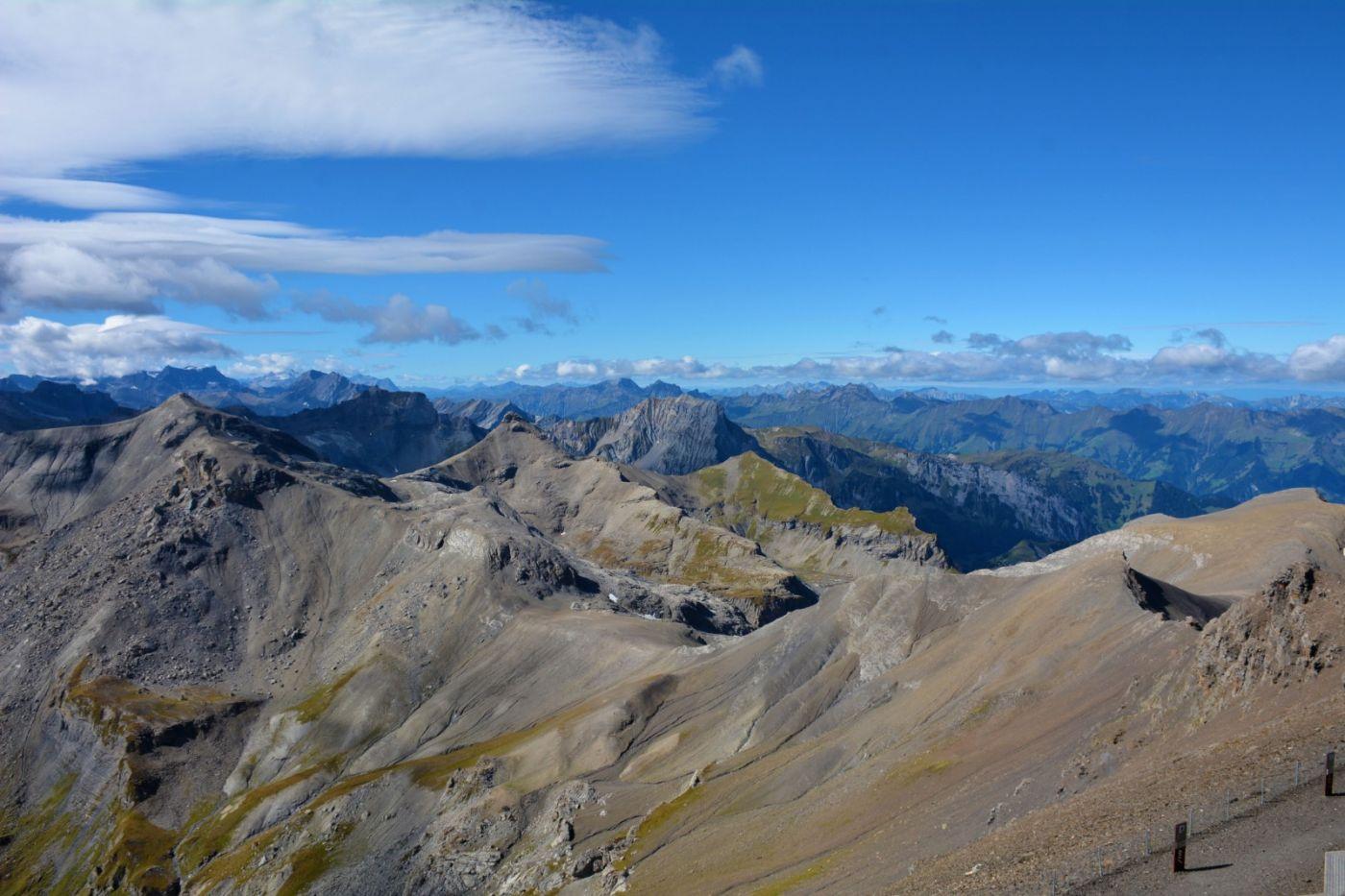 登上阿尔卑斯山遥望少女、勃朗峰_图1-5