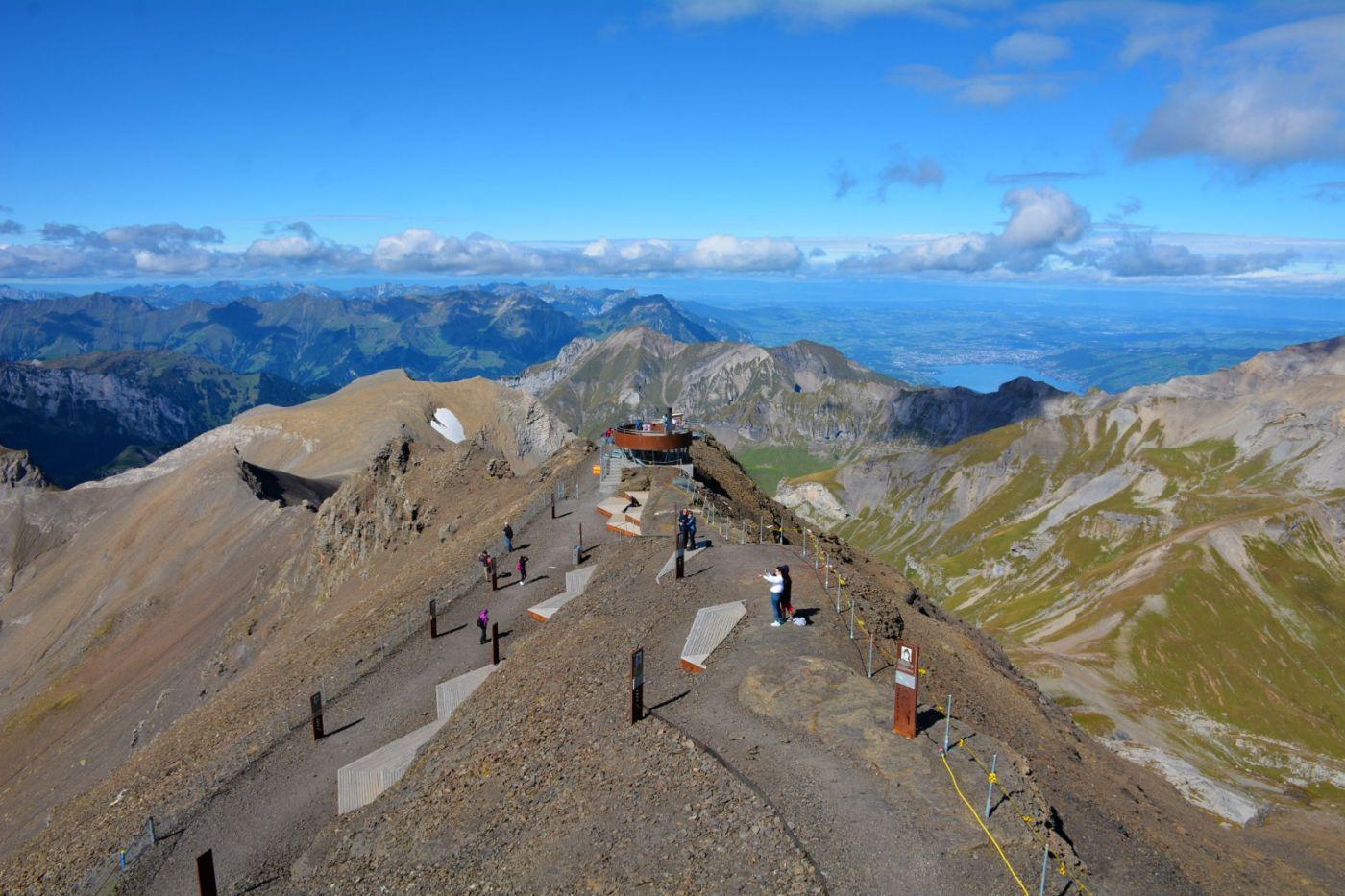 登上阿尔卑斯山遥望少女、勃朗峰_图1-4