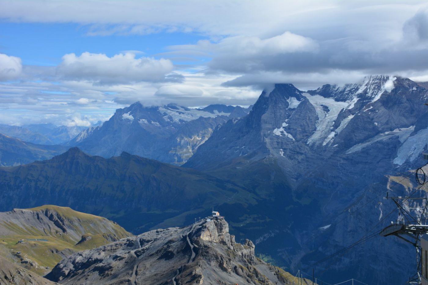 登上阿尔卑斯山遥望少女、勃朗峰_图1-7