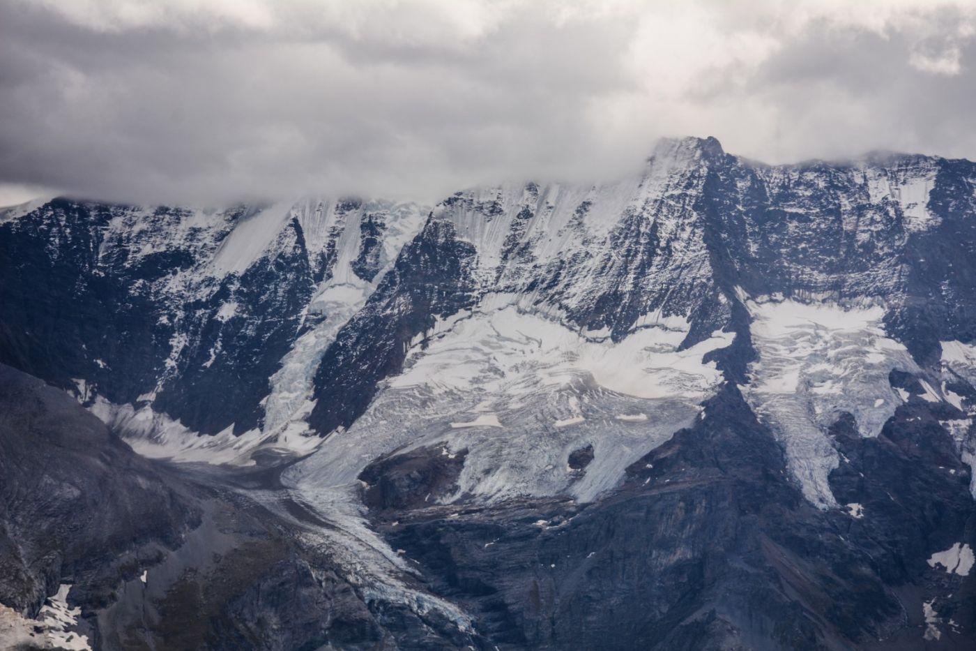 登上阿尔卑斯山遥望少女、勃朗峰_图1-18
