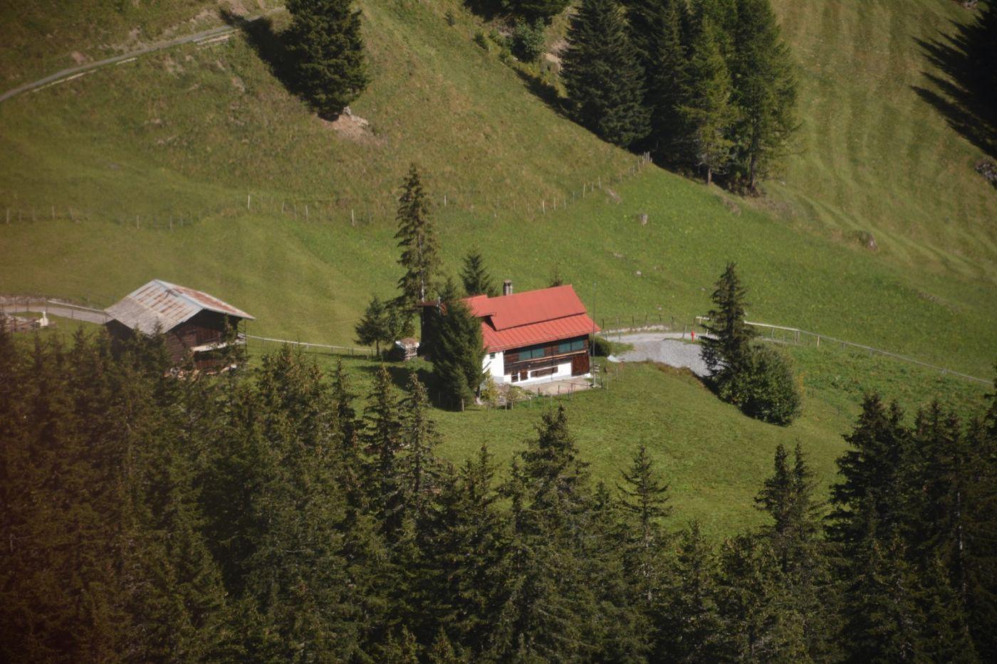 登上阿尔卑斯山遥望少女、勃朗峰_图1-25
