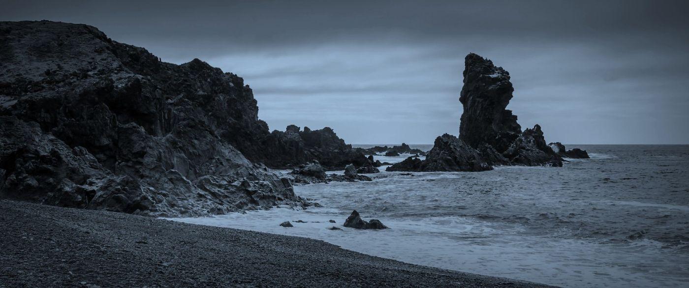 冰岛Djúpalónssandur沙滩,标志性的礁石_图1-4