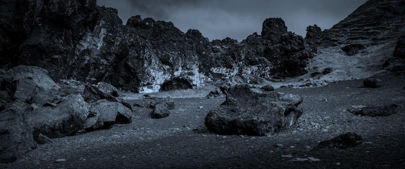 冰岛Djúpalónssandur沙滩,标志性的礁石_图1-6