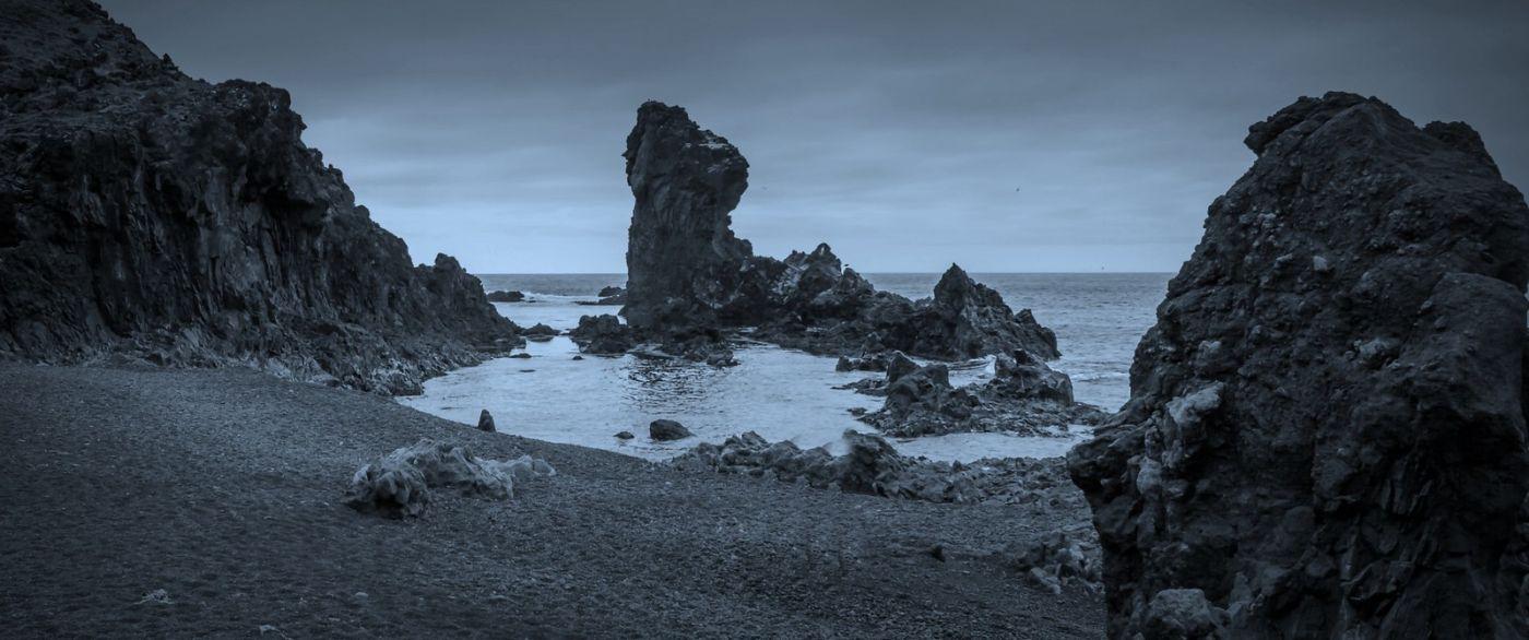 冰岛Djúpalónssandur沙滩,标志性的礁石_图1-1