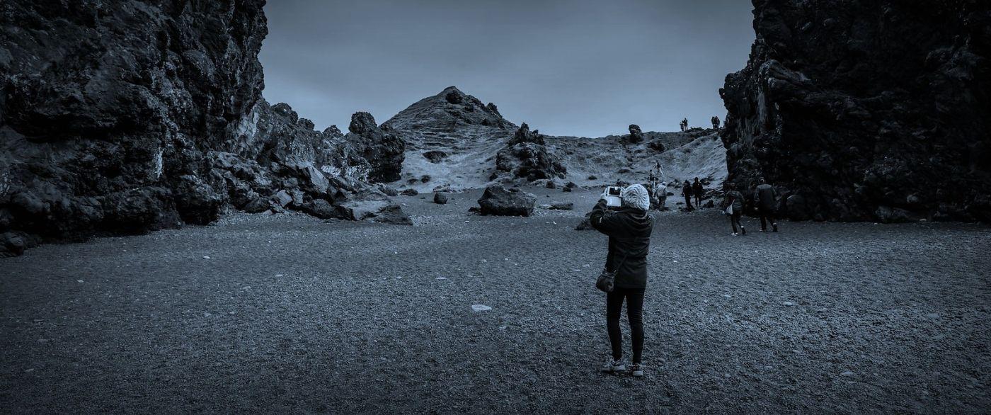 冰岛Djúpalónssandur沙滩,标志性的礁石_图1-15